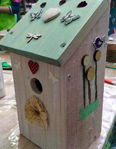 atelier-jardin-atelier-enfant-jardin-nichoir-oiseaux-sensibiliser-enfants-nature-stage